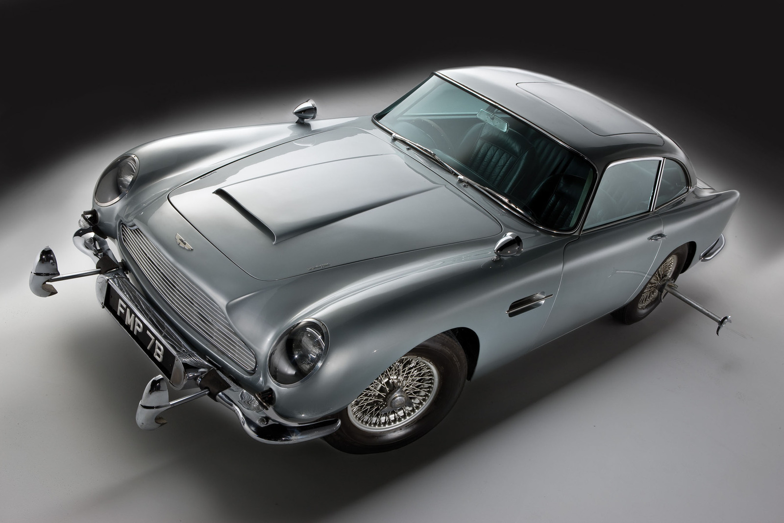 james bond aston martin db5 sells for $4.1 million