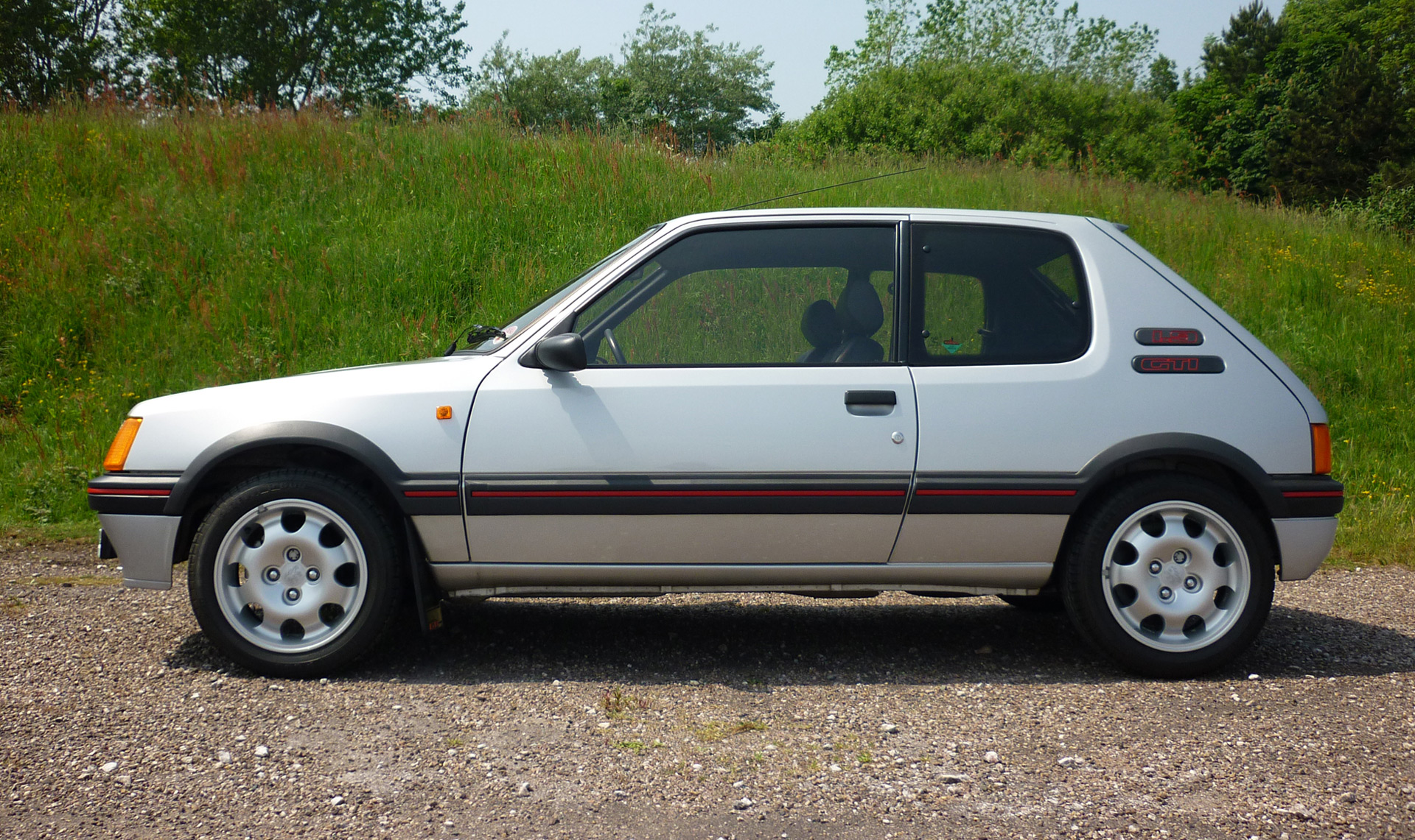 e907a95a81 1989 Peugeot 205 Gti Achieves Record Price At Classic Car Auction