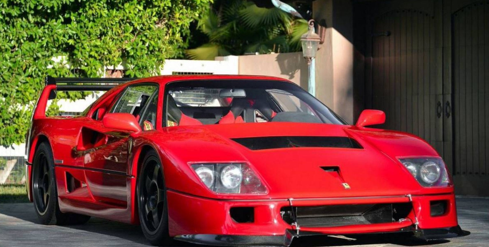 converted ferrari f40 lm mixes racing dreams with street legal reality. Black Bedroom Furniture Sets. Home Design Ideas