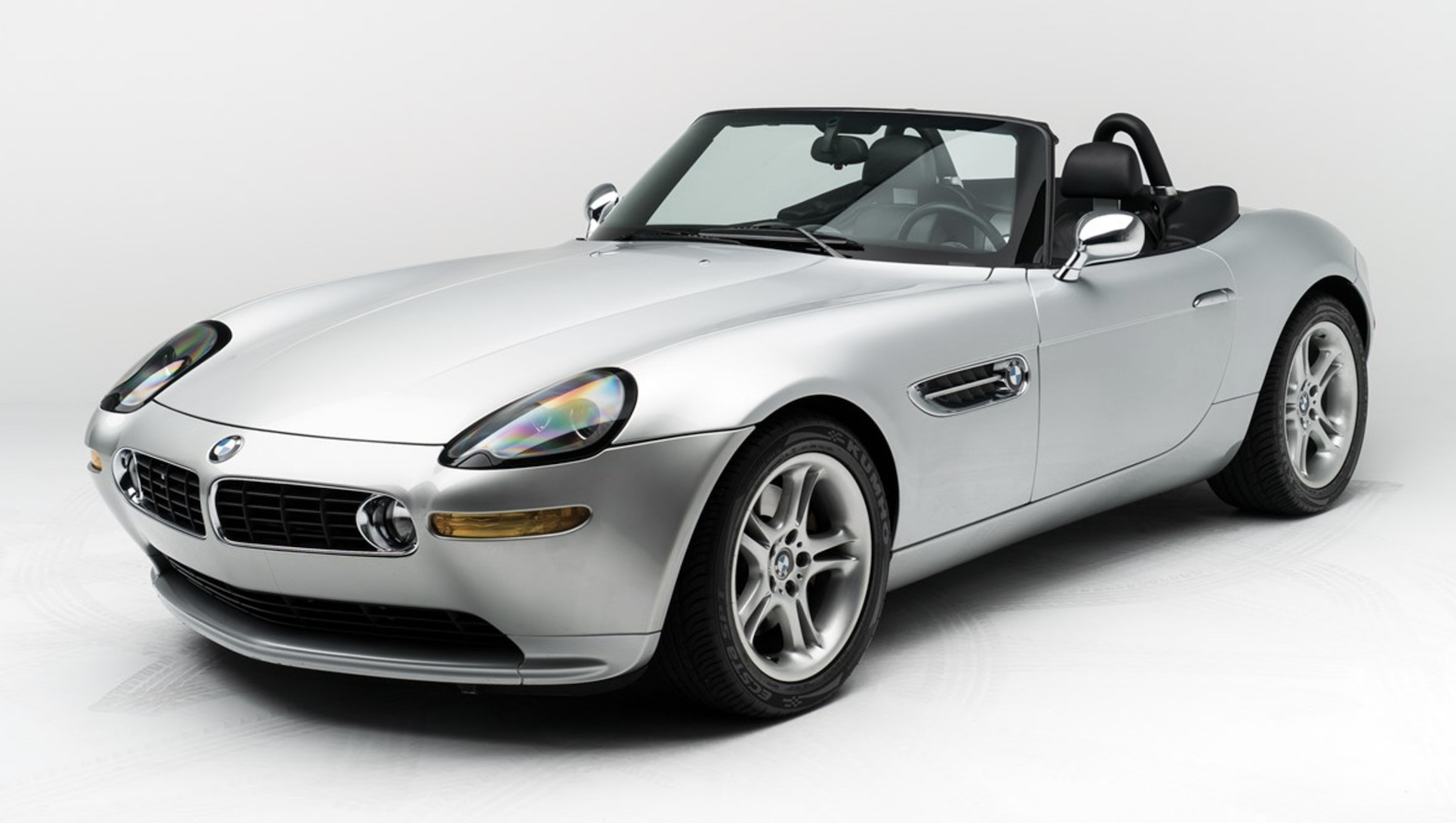 Steve Jobs' former BMW Z8 heading to auction