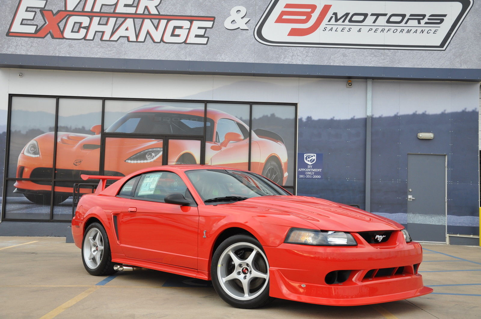 Want to buy a brand new 2000 ford mustang cobra r