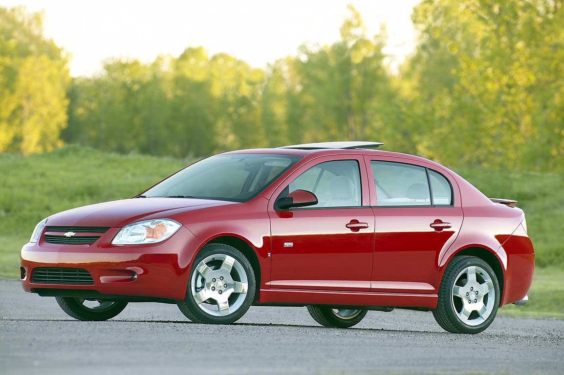 GM Recalls Chevrolet Cobalt, Pontiac G5 For Power Steering