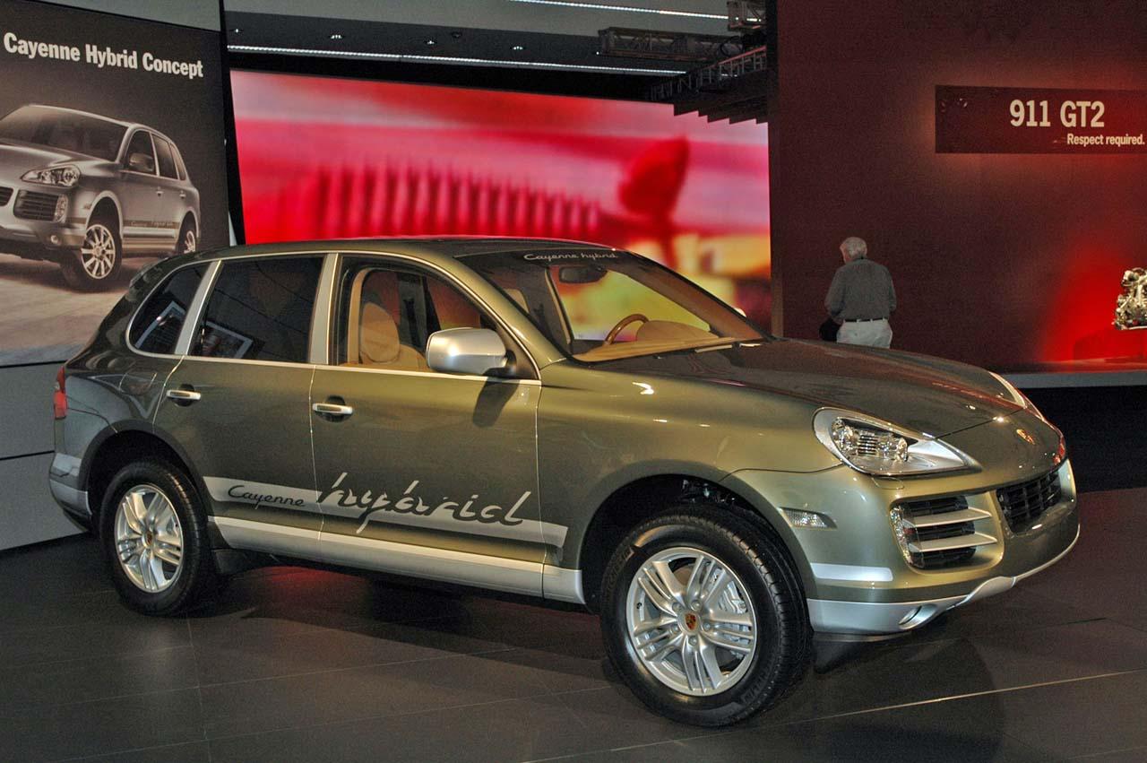 2011 Porsche Cayenne Hybrid At Dealers Late Next Year
