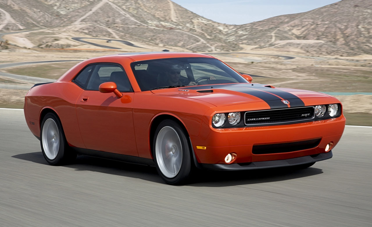 chrysler bumps price of 2010 dodge challenger srt8 to 41 230. Black Bedroom Furniture Sets. Home Design Ideas