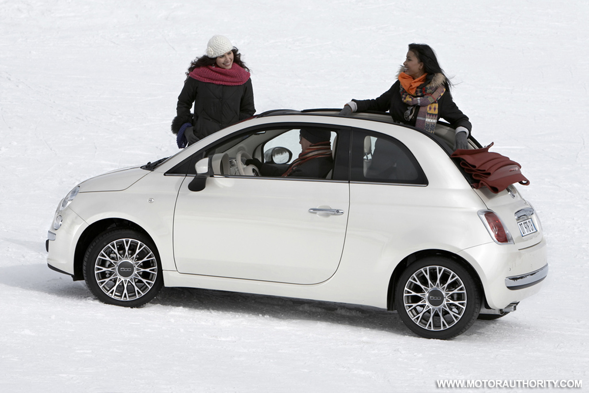 2011 Fiat 500 Mini Car On Sale By End Of Year Chrysler Says