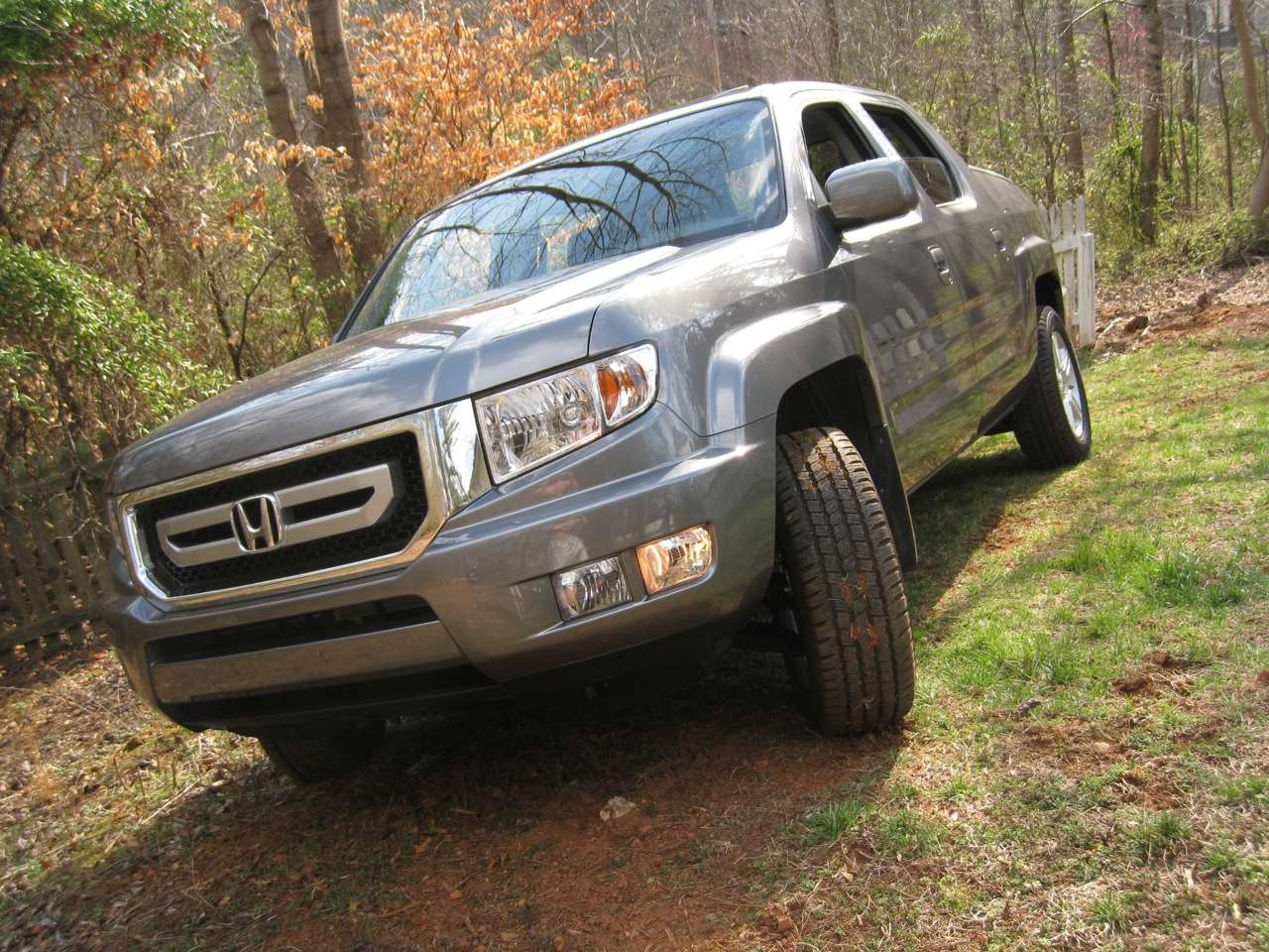 2009 Honda Ridgeline Review Ratings Specs Prices And Photos The Car Connection