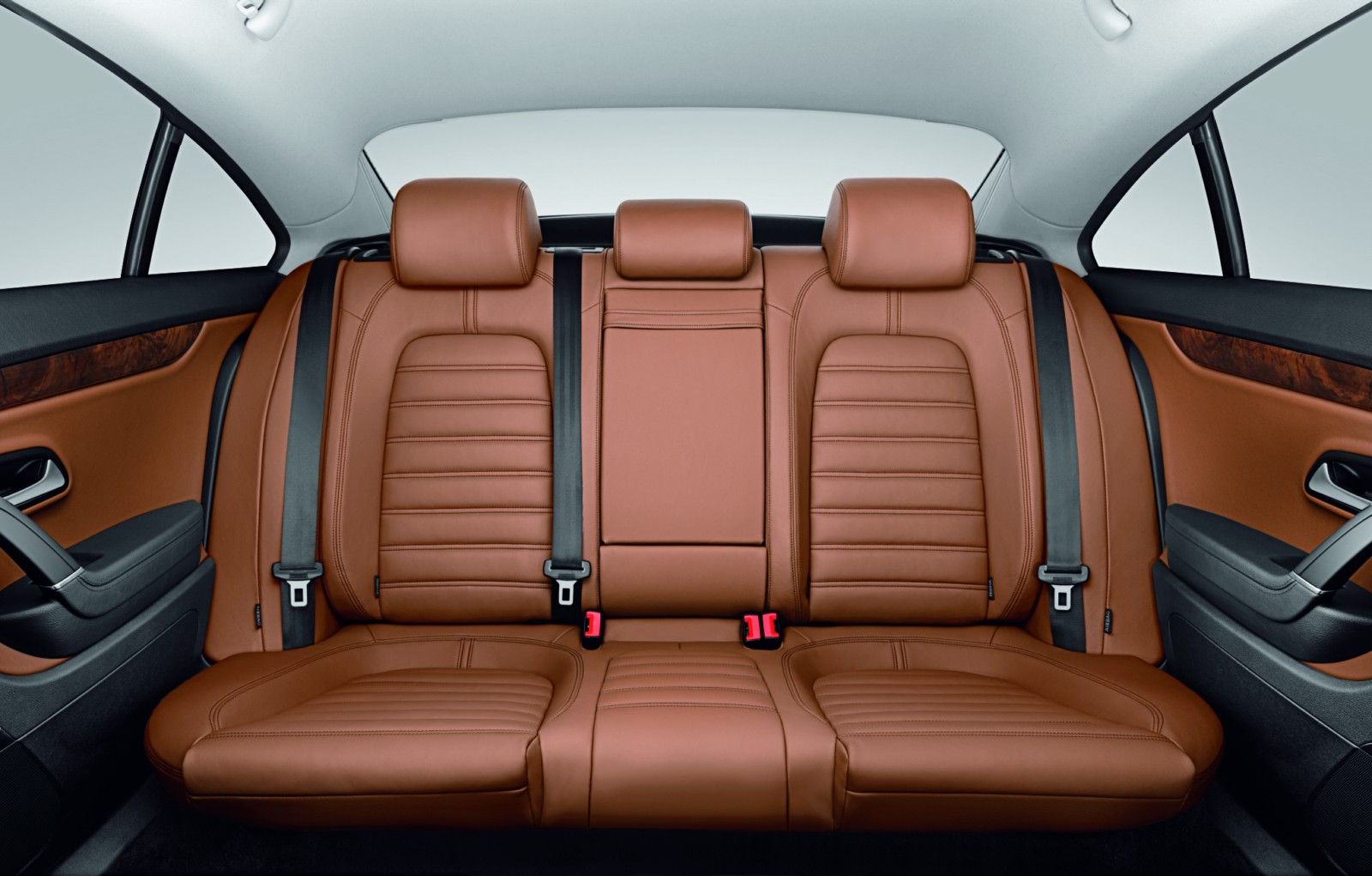 2010 volkswagen passat cc now offers five seat option. Black Bedroom Furniture Sets. Home Design Ideas