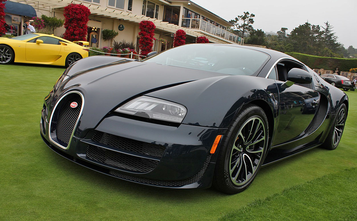 Pebble 2010 Bugatti Veyron Super Sport