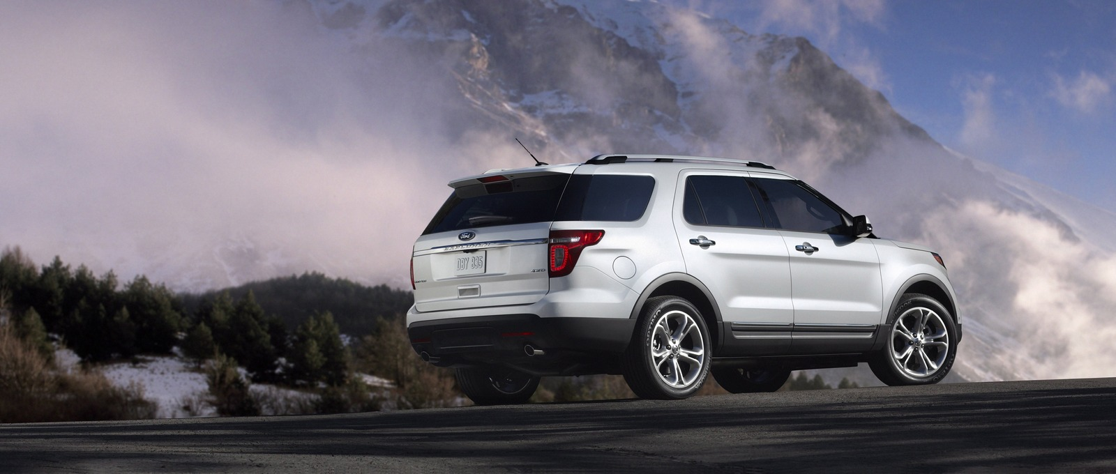 Family Car Guide: SUV Names That Start With \