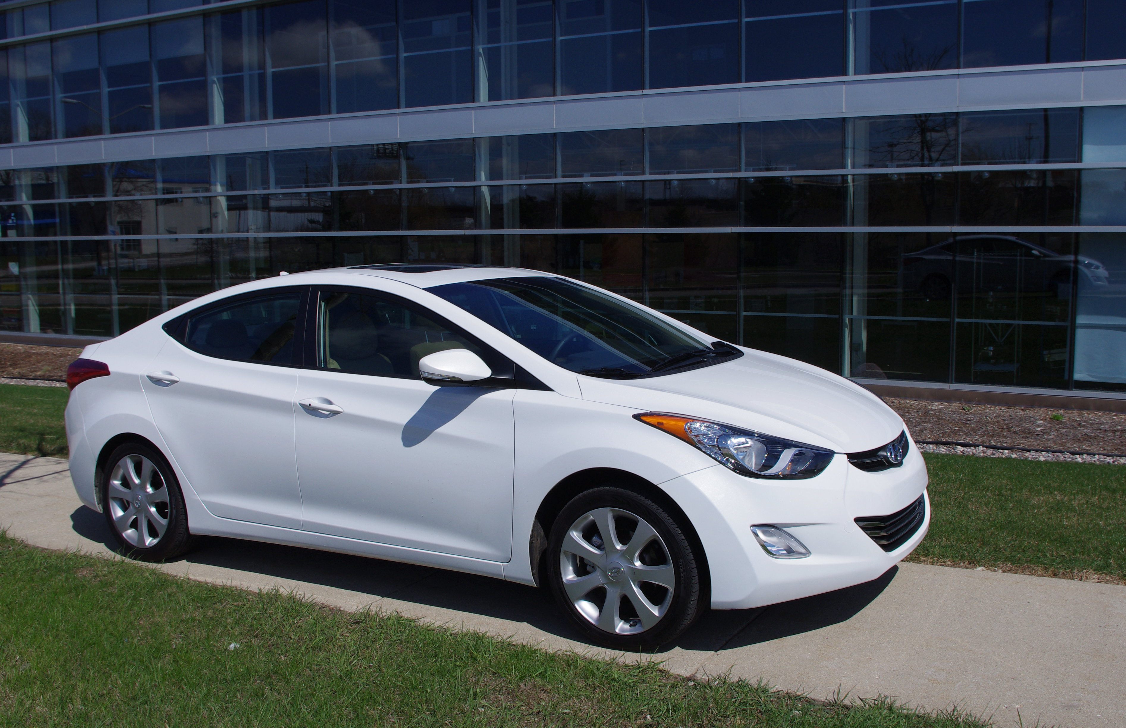 se amazing msrp ratings elantra hyundai news reviews with