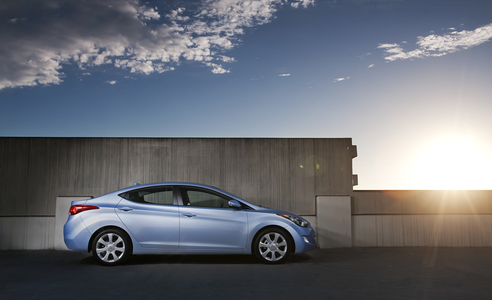 EPA Red Flags Hyundai Elantra, Kia Sorento, 11 Others For Gas Mileage  Ratings