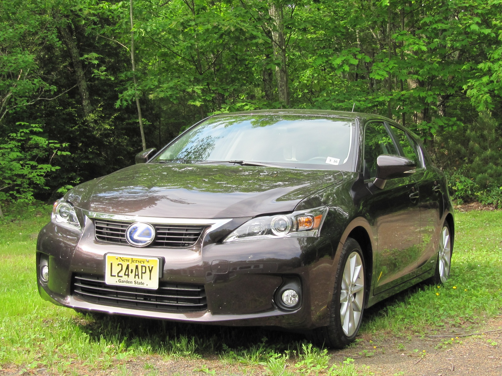 2012 Lexus CT 200h Hybrid Hatch Now Louder With More Noise