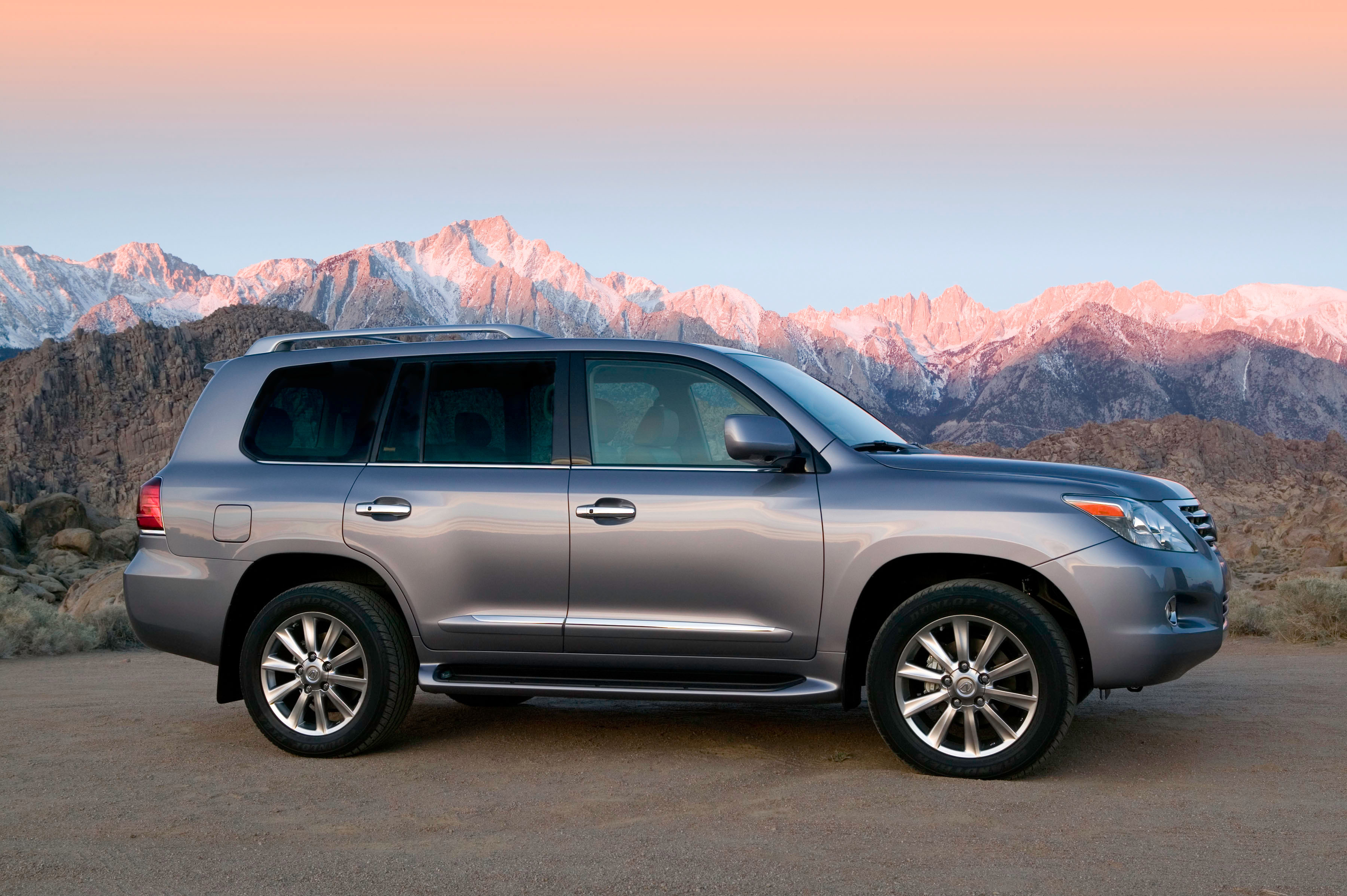 New Lexus LX Coming To Detroit Auto Show