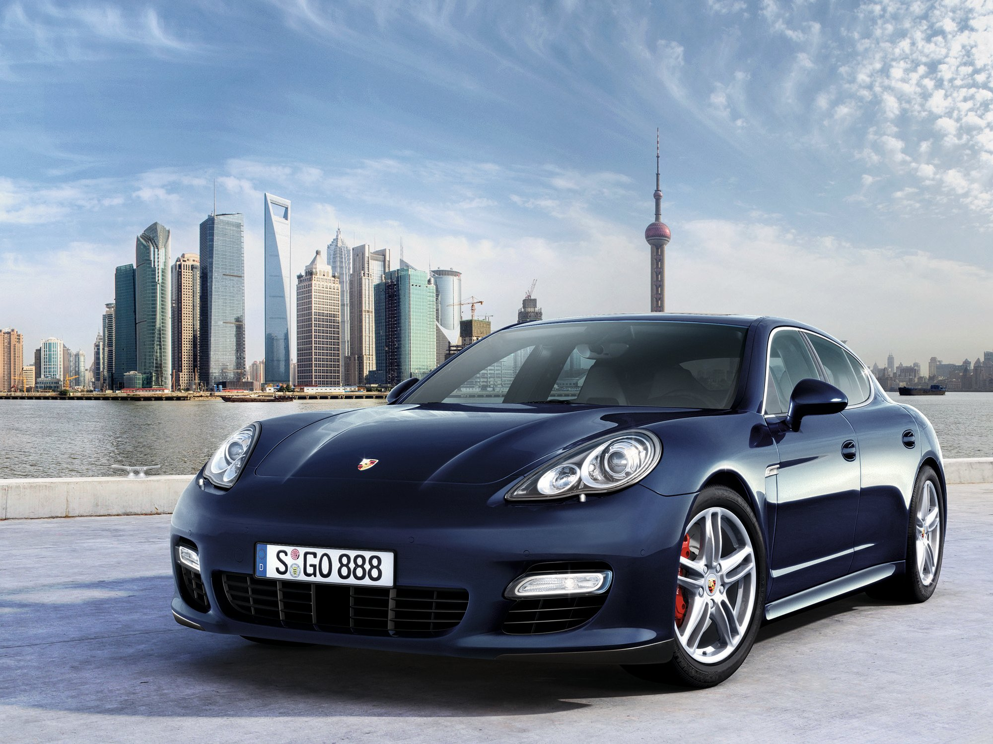 porsche issues recall on cayenne and panamera turbo models. Black Bedroom Furniture Sets. Home Design Ideas