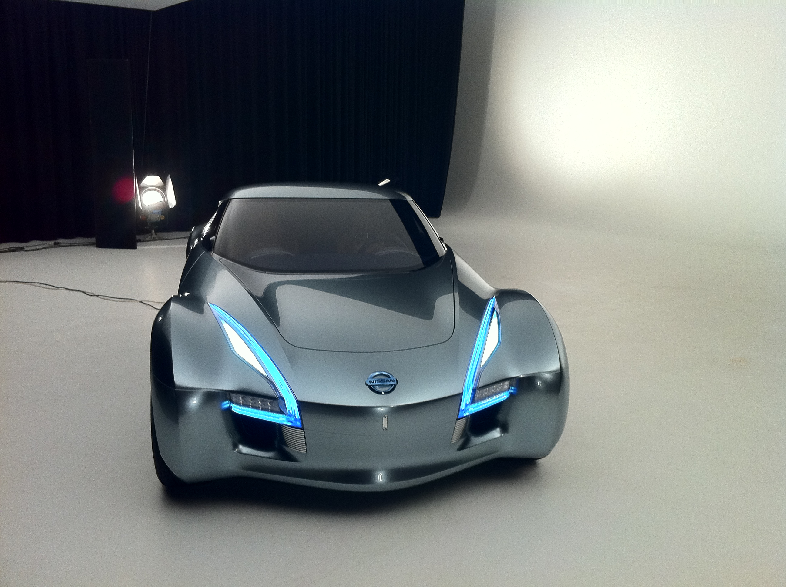 Nissan ESFLOW Electric Concept Car 2011 Exotic Car Pictures #06 of ...