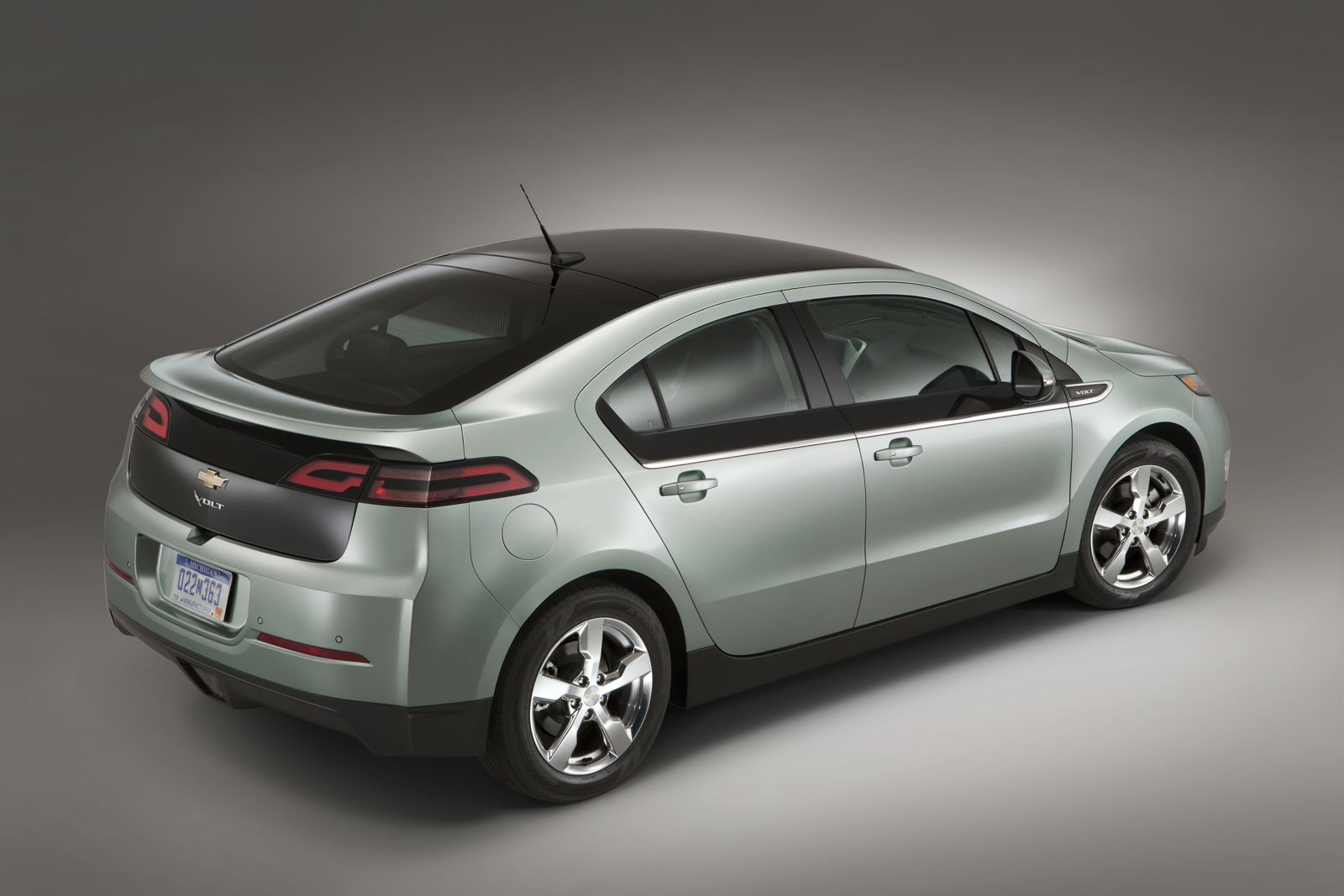 Car Electrical Voltage : Chevy volt electric car has highest customer satisfaction