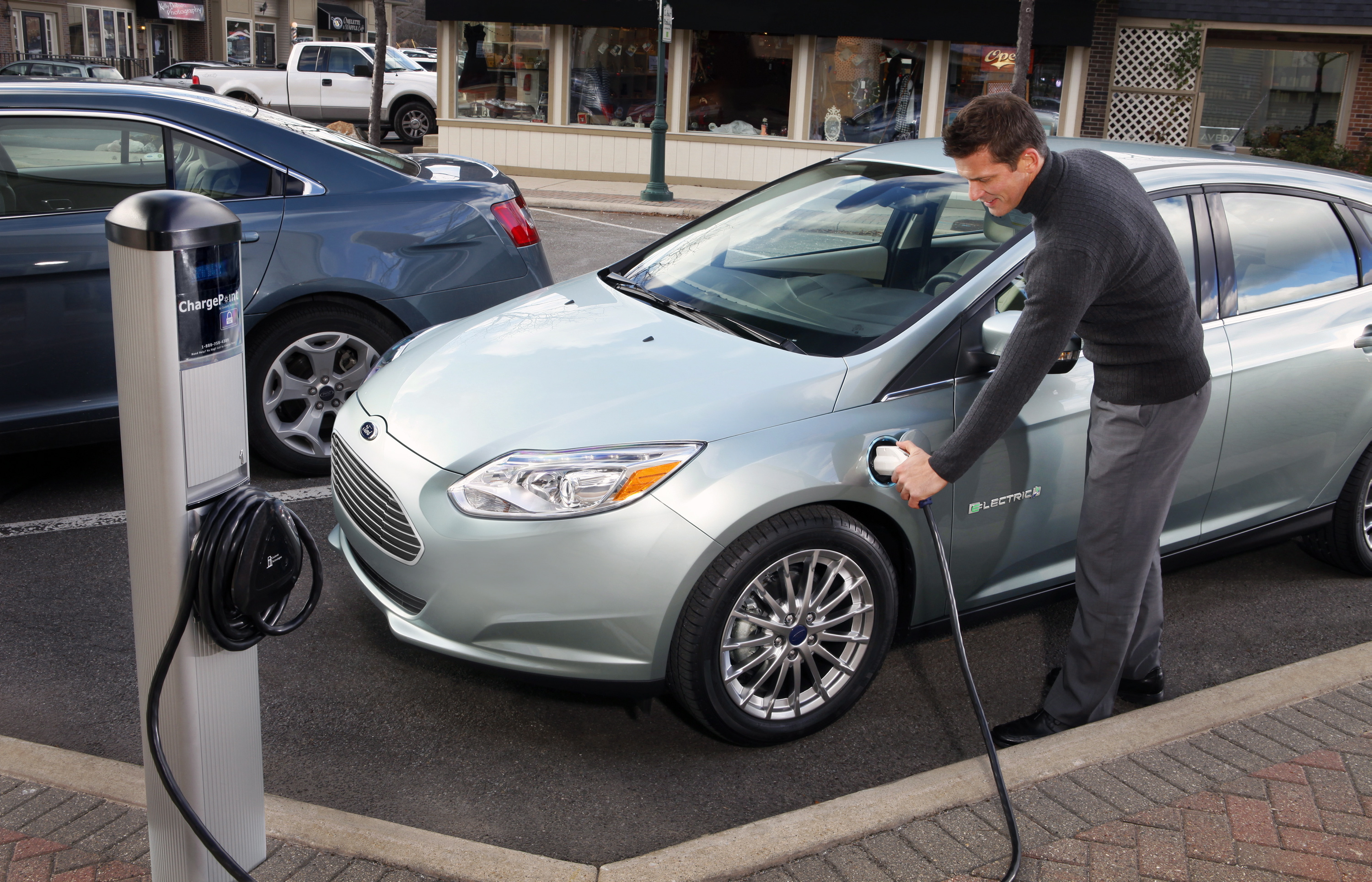 2012 Ford Focus Electric Small Ad Bud Due To Low Sales Volt