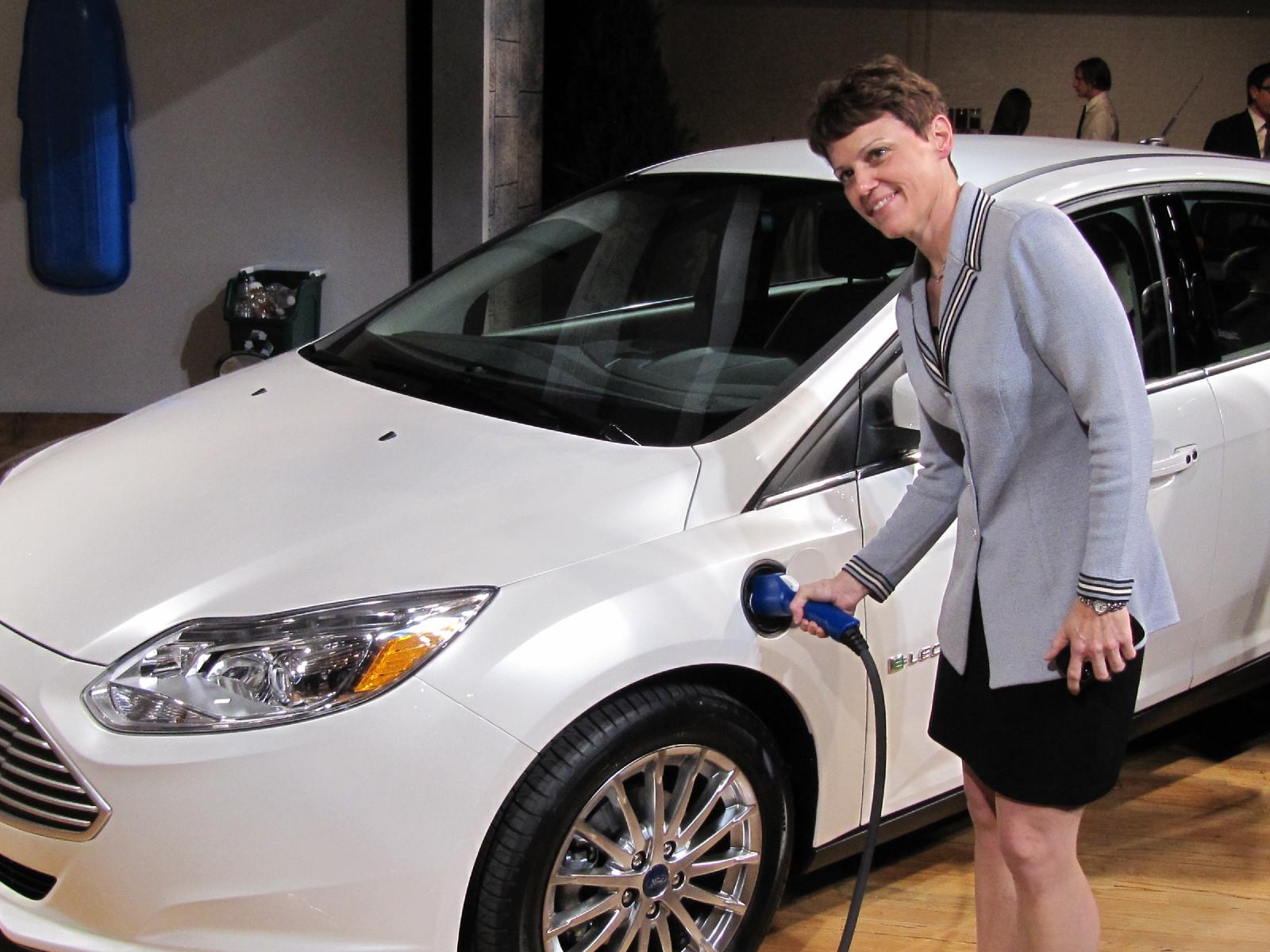 Ford Focus Electric Vs Chevy Volt: Which Would You Buy, And Why? | 2012 Chevy Volt Wiring Diagram |  | Green Car Reports