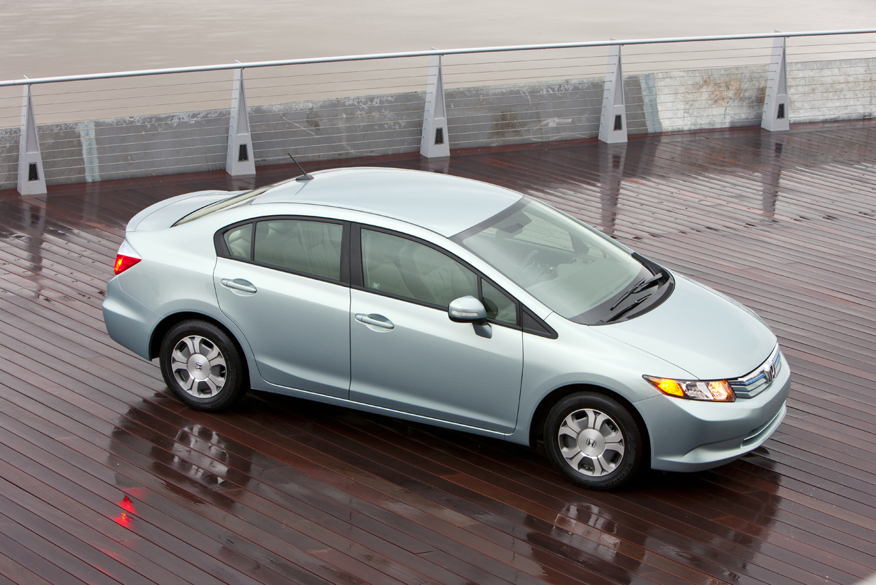 44 mpg 2012 honda civic hybrid at ny auto show drive review page 2. Black Bedroom Furniture Sets. Home Design Ideas