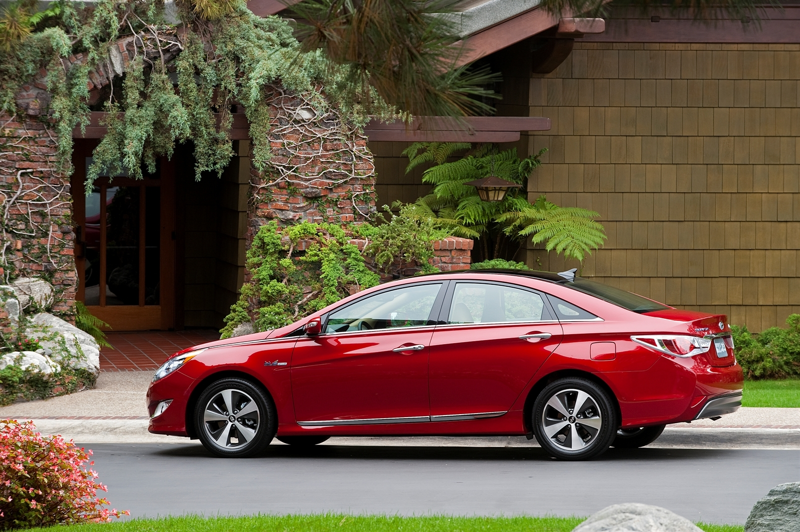 Another Major Recall For The 2017 Hyundai Sonata 304 000 Vehicles Affected