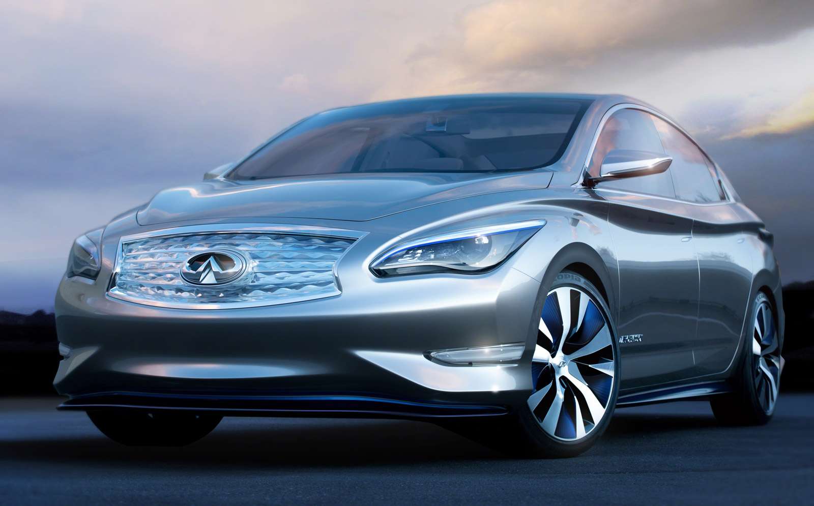 Infiniti Le Electric Luxury Sedan To Be Built After All With Higher Range