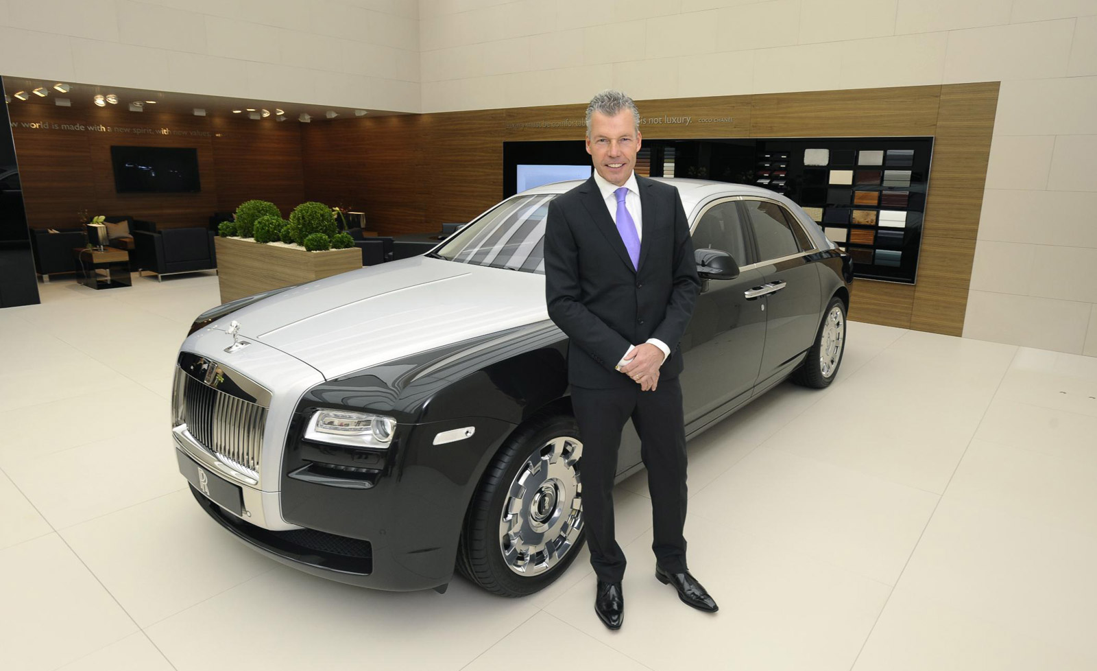 Rolls Royce Ghost With Two Tone Option H on Corvette Zr1 Review