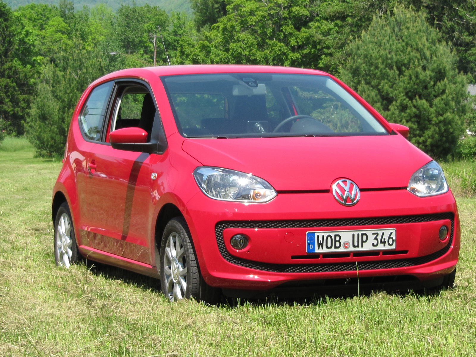 beetle image pinkbeetle the sale main newsroom vehicles article power of pink volkswagen for