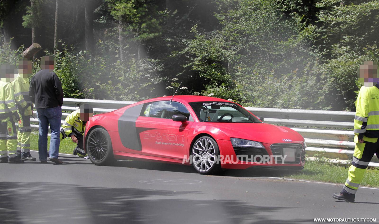 Audi R Etron Crashes Into Barrier At The Nürburgring - Barrier audi