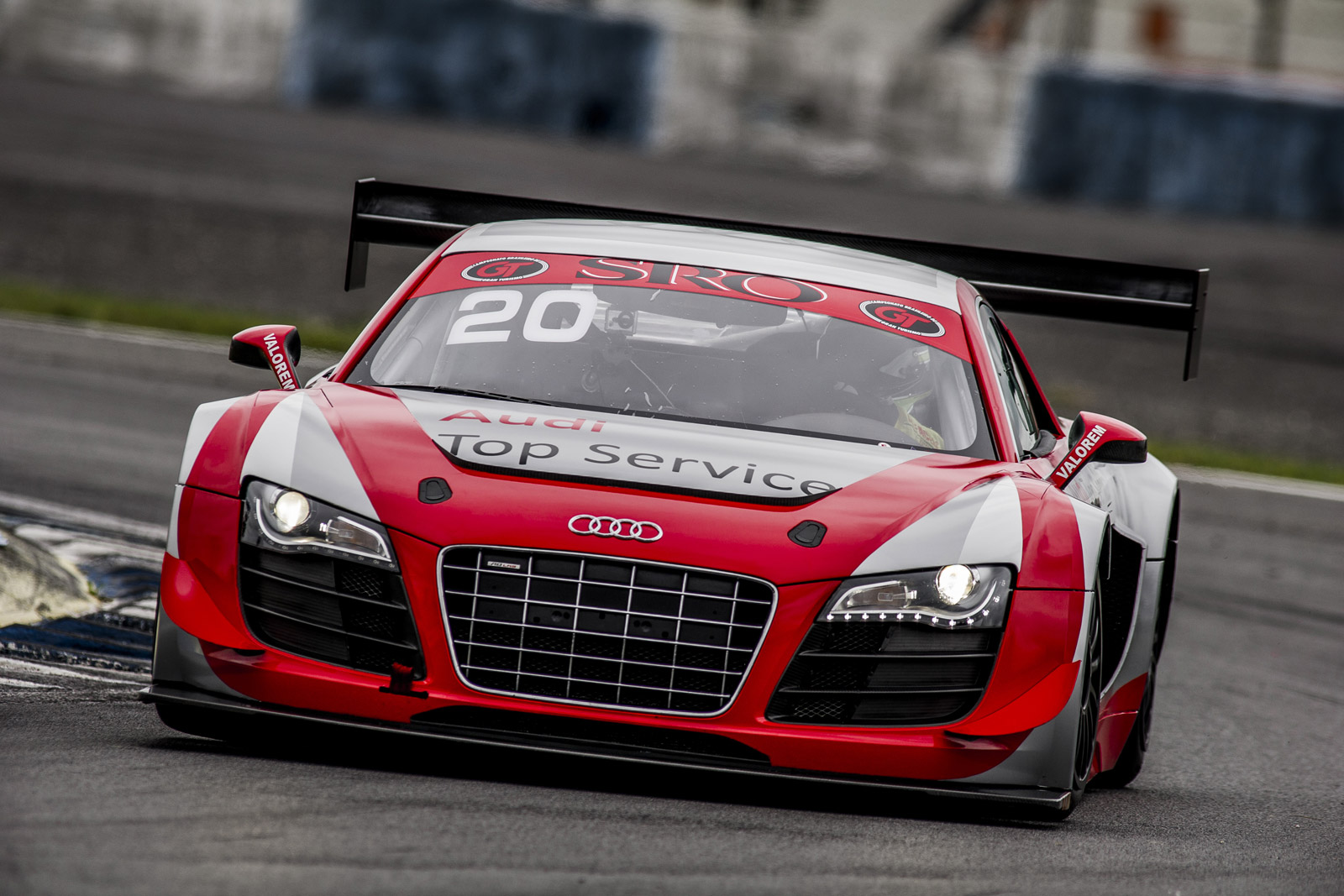 seven audi r8 lms ultra race cars to tackle 2013 spa 24 hours. Black Bedroom Furniture Sets. Home Design Ideas