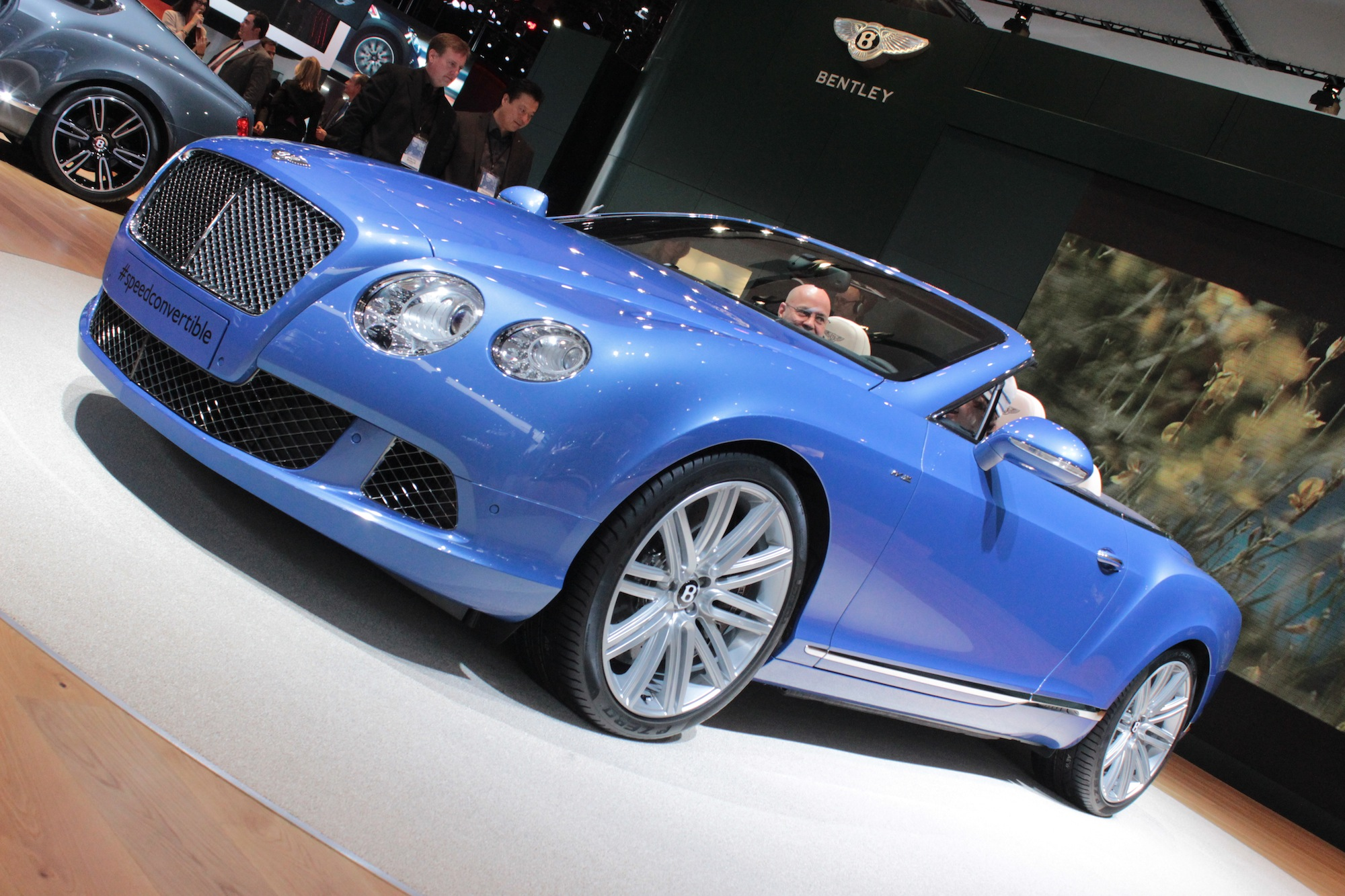 Bentley Continental Gt Speed Convertible Live Photos Detroit Auto Show H