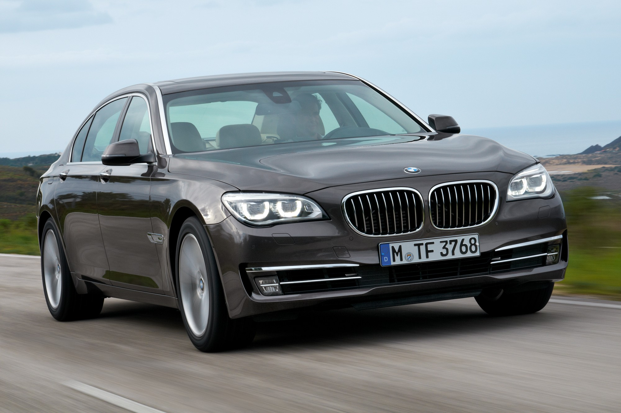BMW To Launch Diesel Flagship 7-Series Sedan For 2014