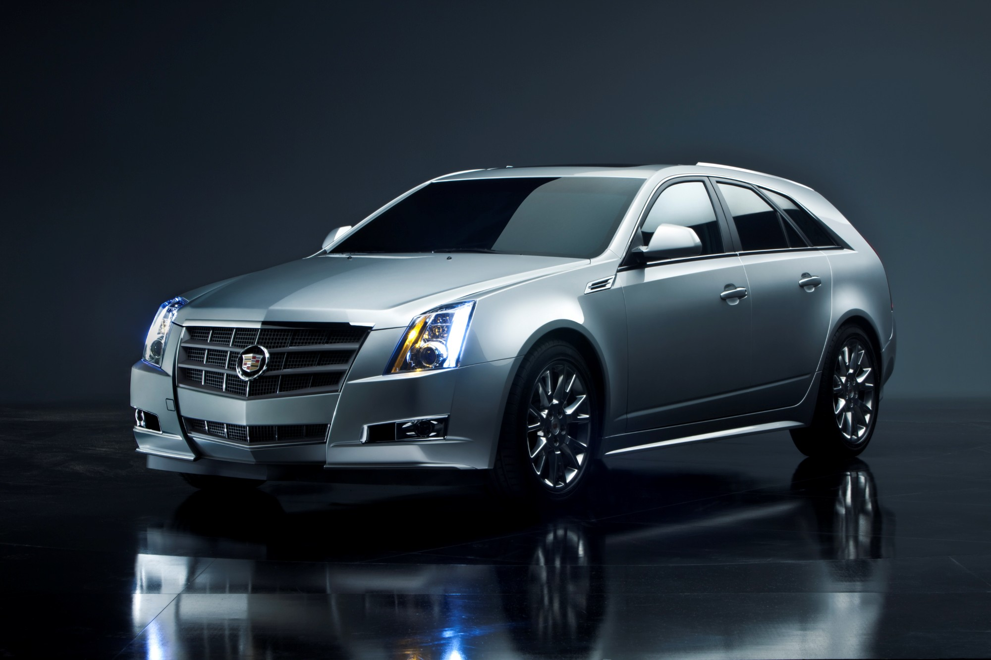 2013 Cadillac Cts Review Ratings Specs Prices And Photos The Car Connection