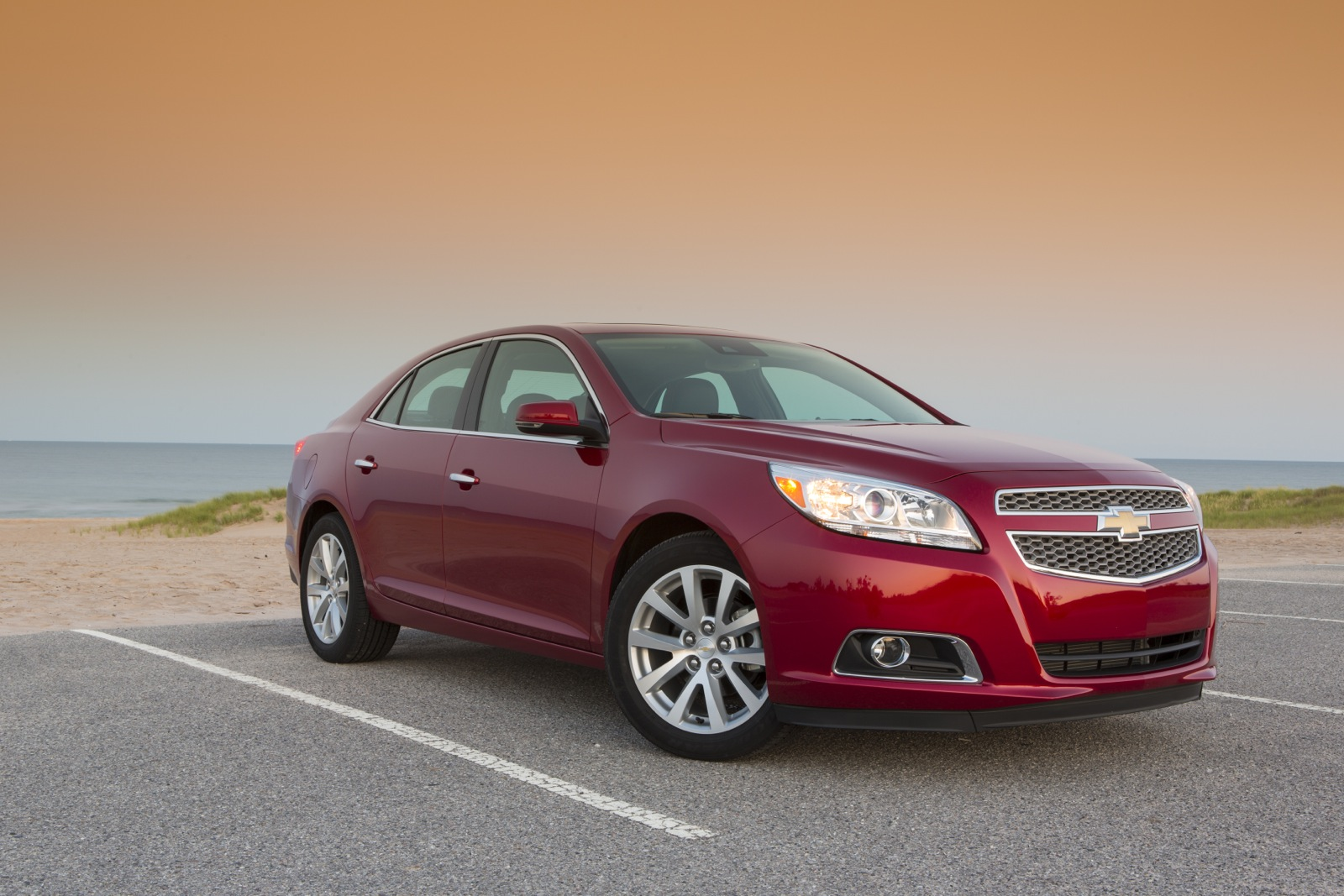 Chevy Malibu Mpg >> 2013 Chevrolet Malibu Gas Mileage Choices For Mid Size Sedan