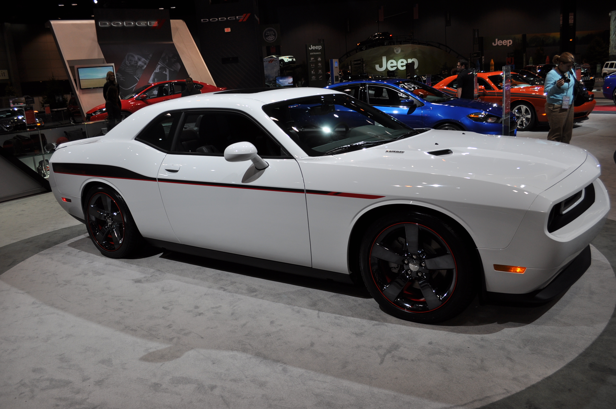 2013 Dodge Challenger Prices And Expert Review The Car Connection
