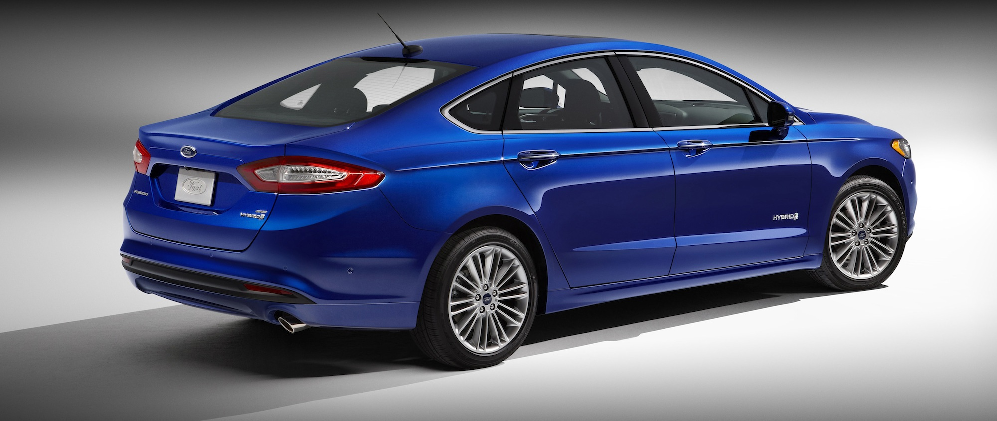 With 2013 fusion hybrid on the way ford touts 461 patents