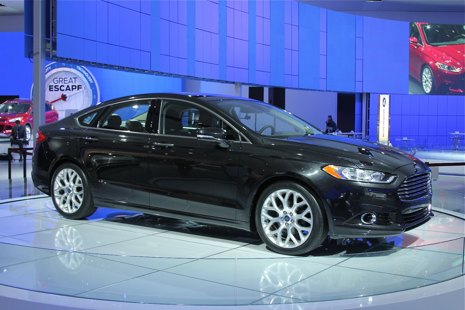 2013 ford fusion stop start ford explains why its different