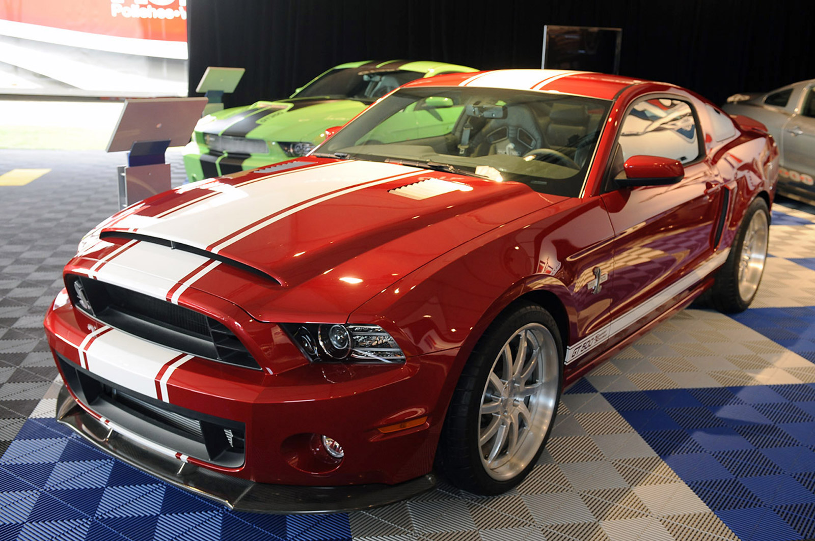 2013 ford mustang shelby gt500 super snake quietly previewed at pebble beach. Black Bedroom Furniture Sets. Home Design Ideas