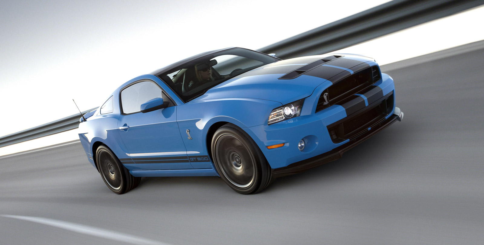 2013 ford mustang shelby gt500 debuts in l a with 650 hp