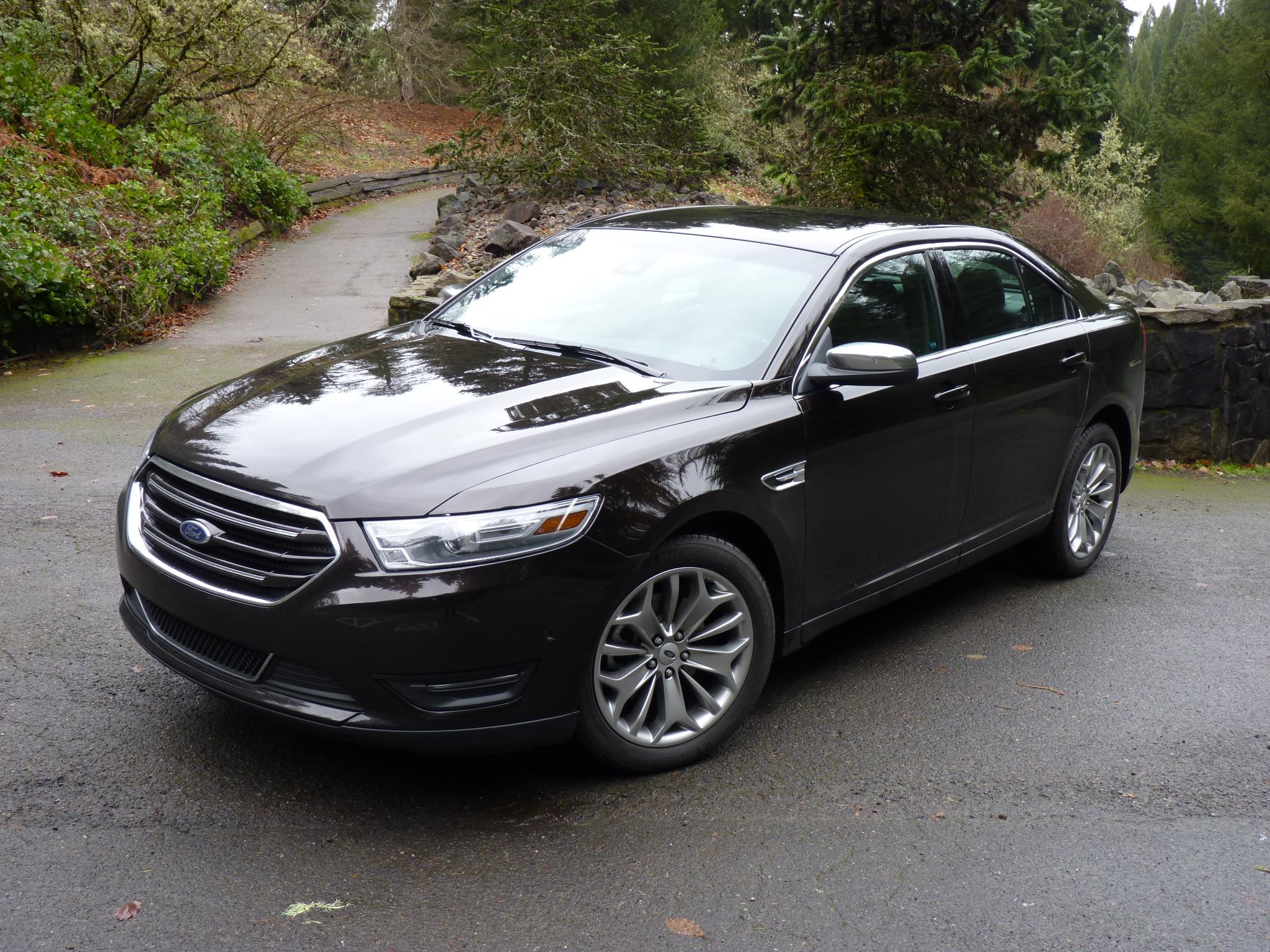 25 MPG: The New Minimum For Full-Size Sedans?