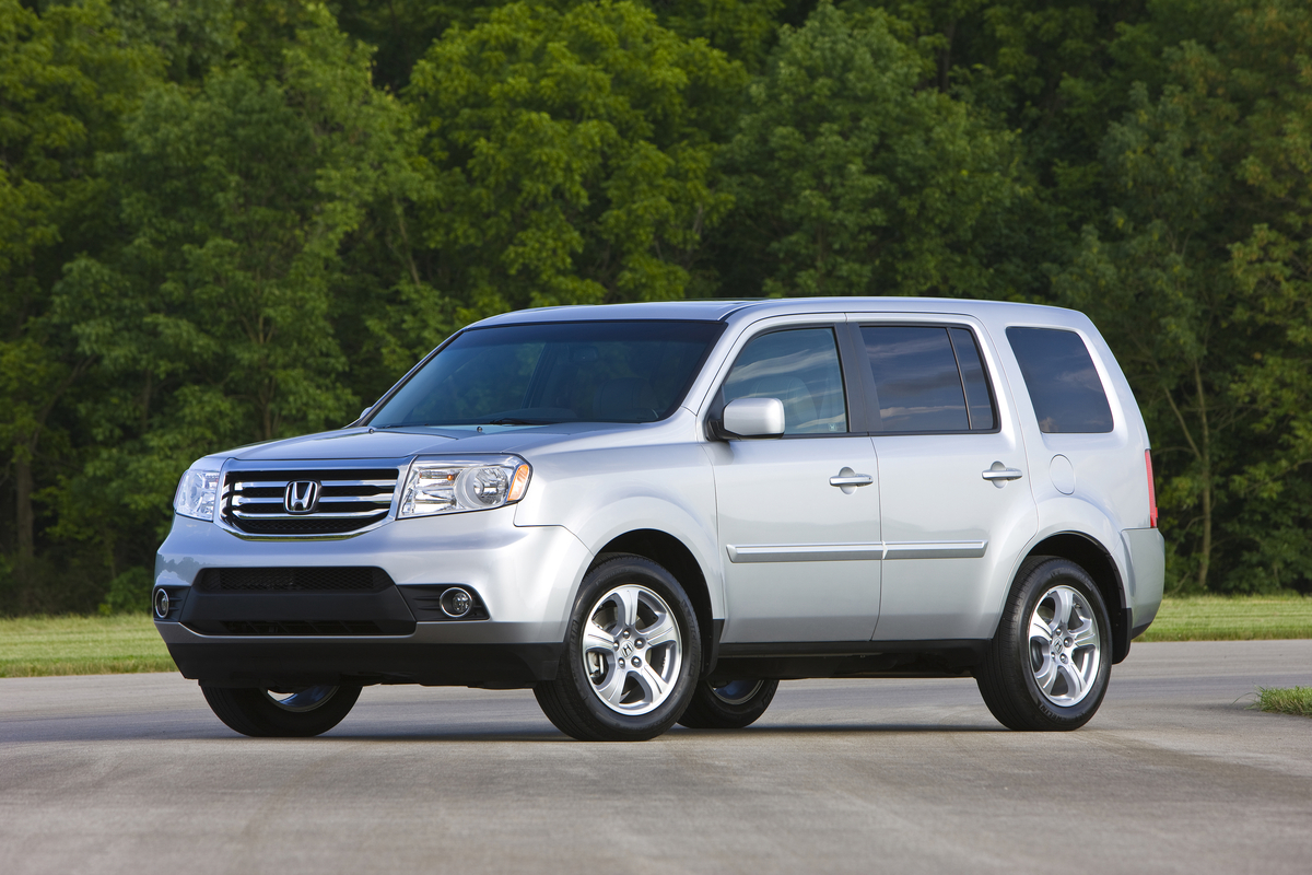 honda pilot soldiers on for 2015 with new special edition model. Black Bedroom Furniture Sets. Home Design Ideas