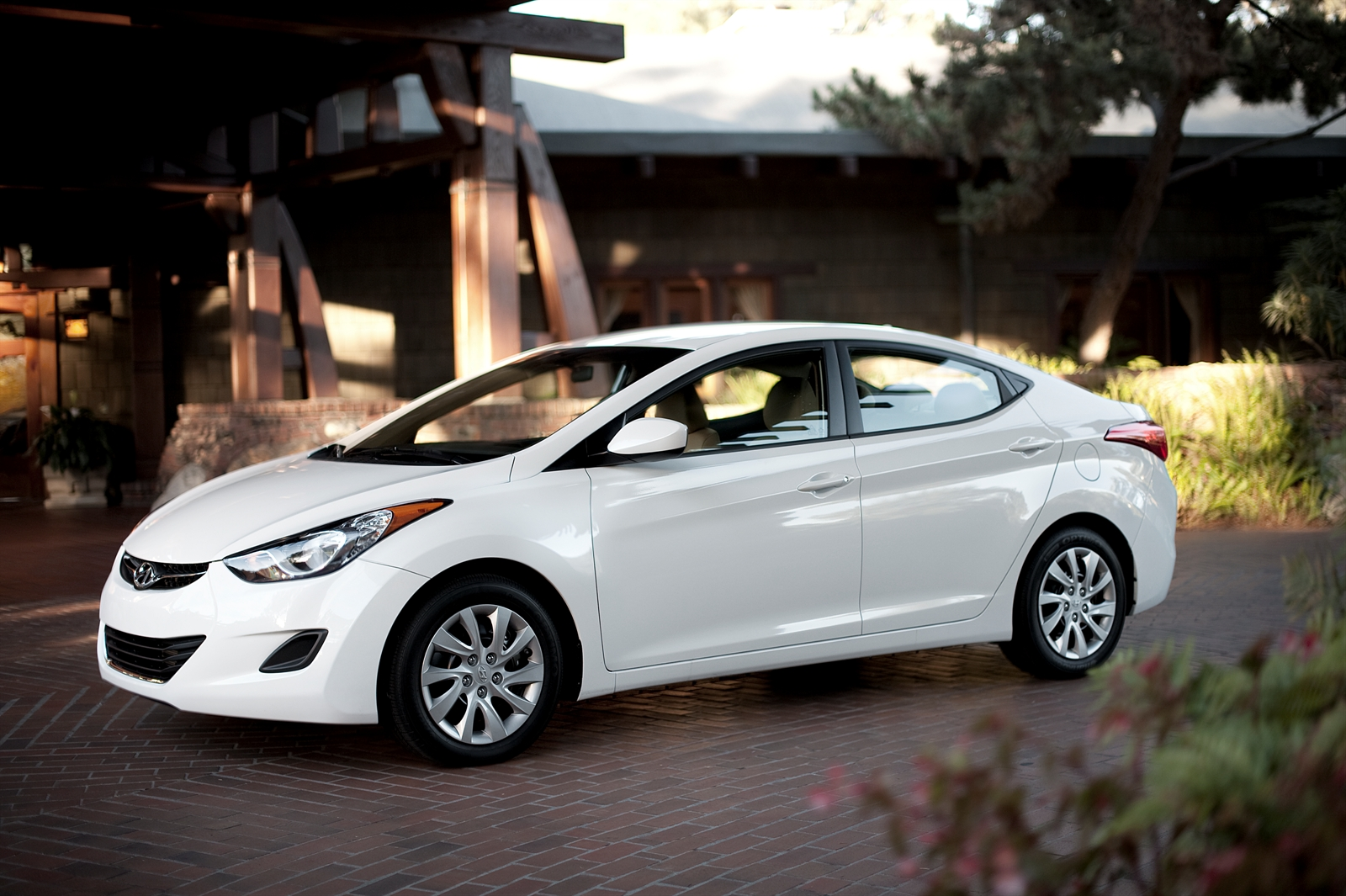 2013 Hyundai Elantra Recalled For Brake Light Problem Over 64000 2012 Accent Starter Wiring Diagram Vehicles Affected
