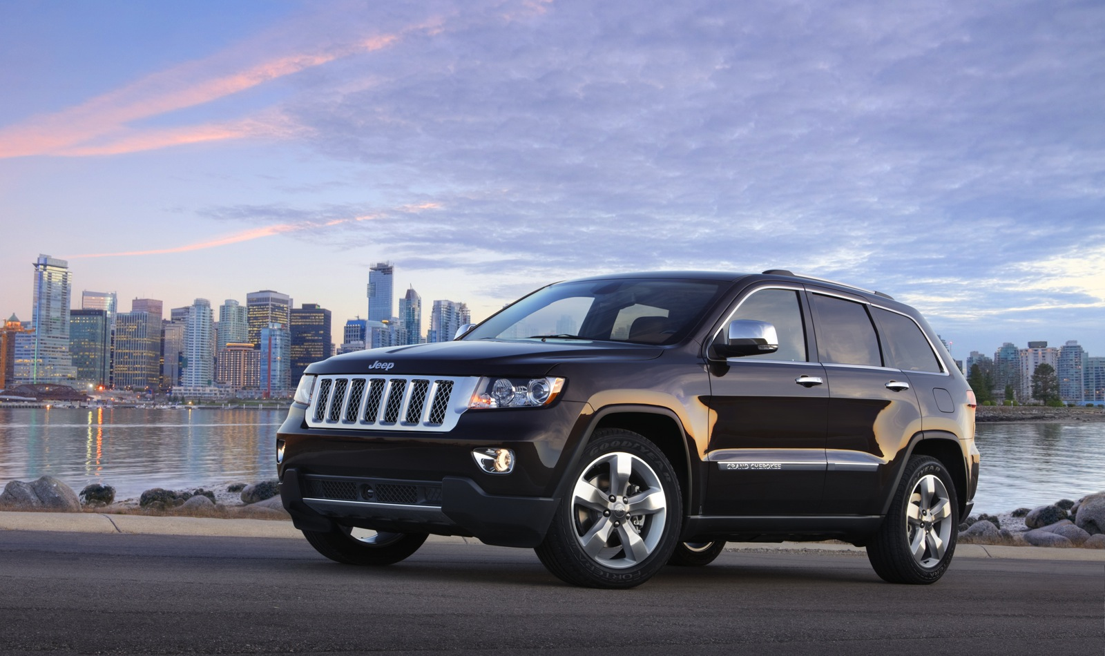 2011-2014 dodge durango, jeep grand cherokee recalled due to