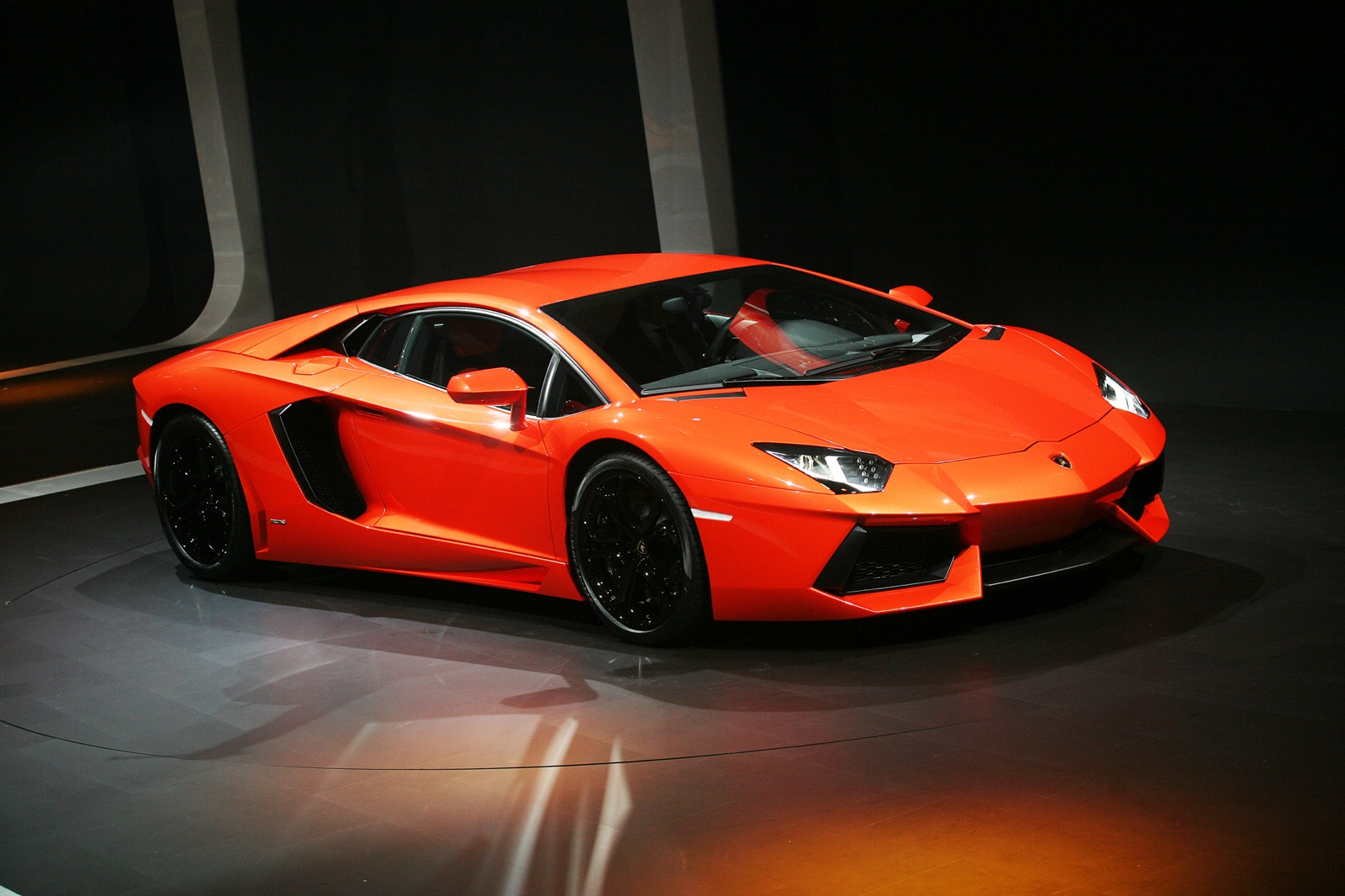 2013 Lamborghini Aventador Review, Ratings, Specs, Prices, And Photos   The  Car Connection
