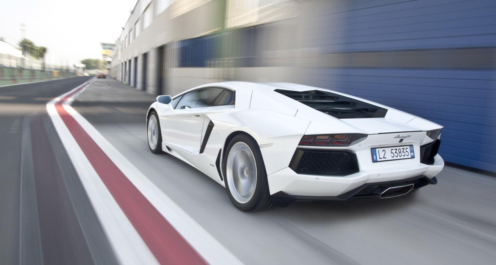 cars most popular lamborghini aventador