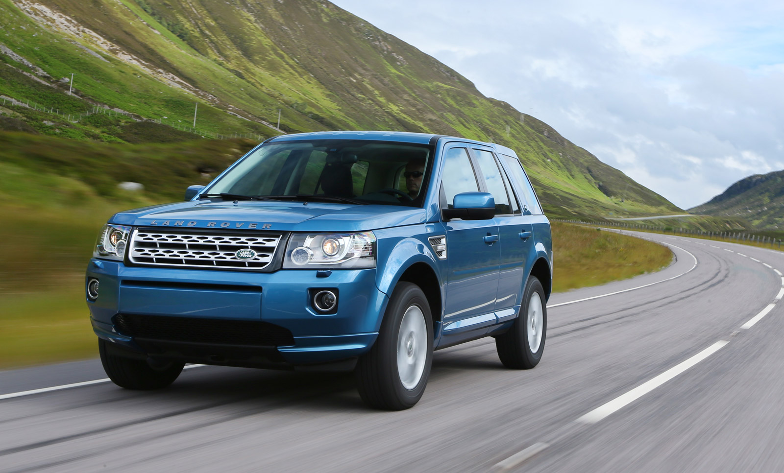 2013 Land Rover Lr2 Preview Coupling
