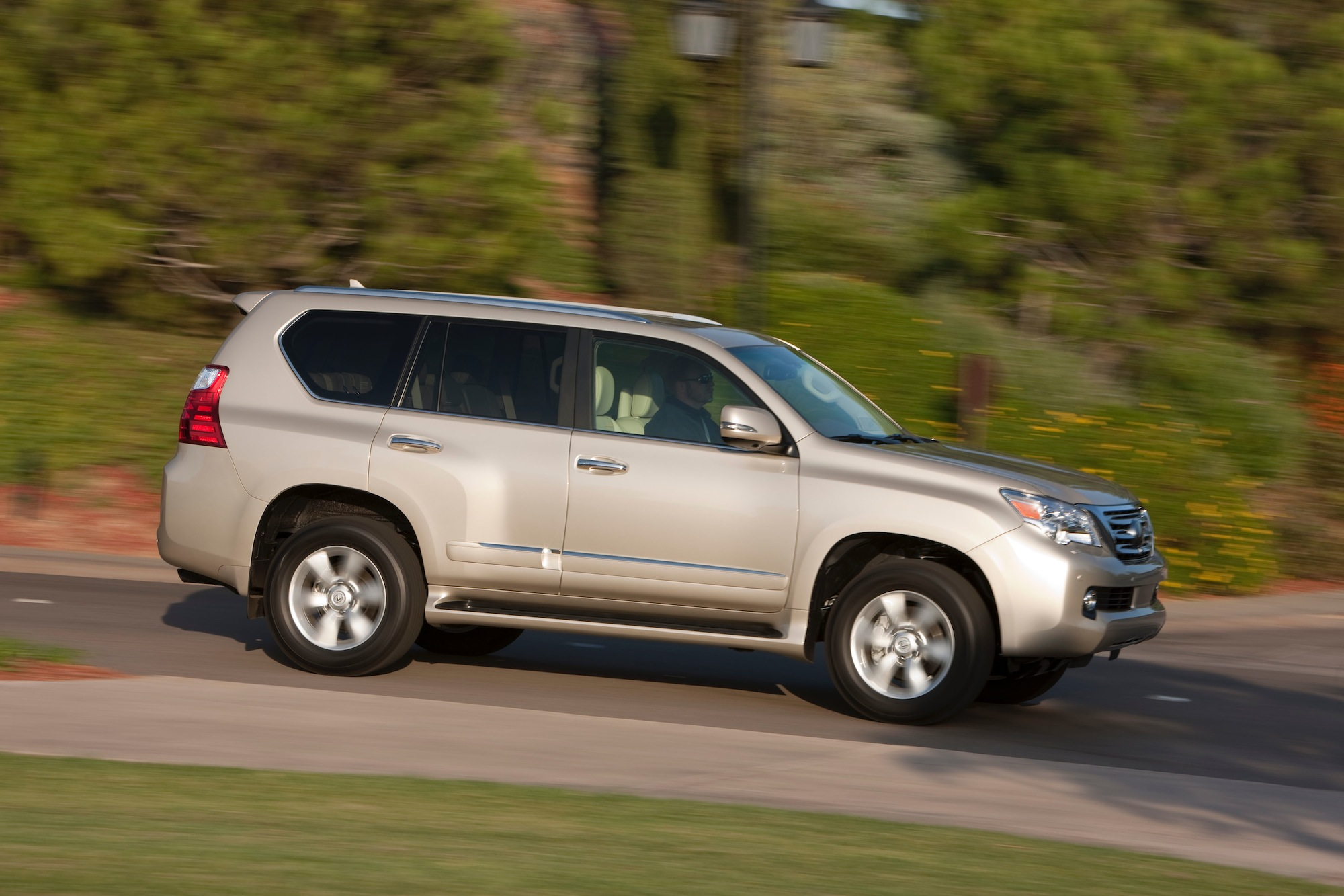news rx suv prices and h lexus toyota hybrid announced gs