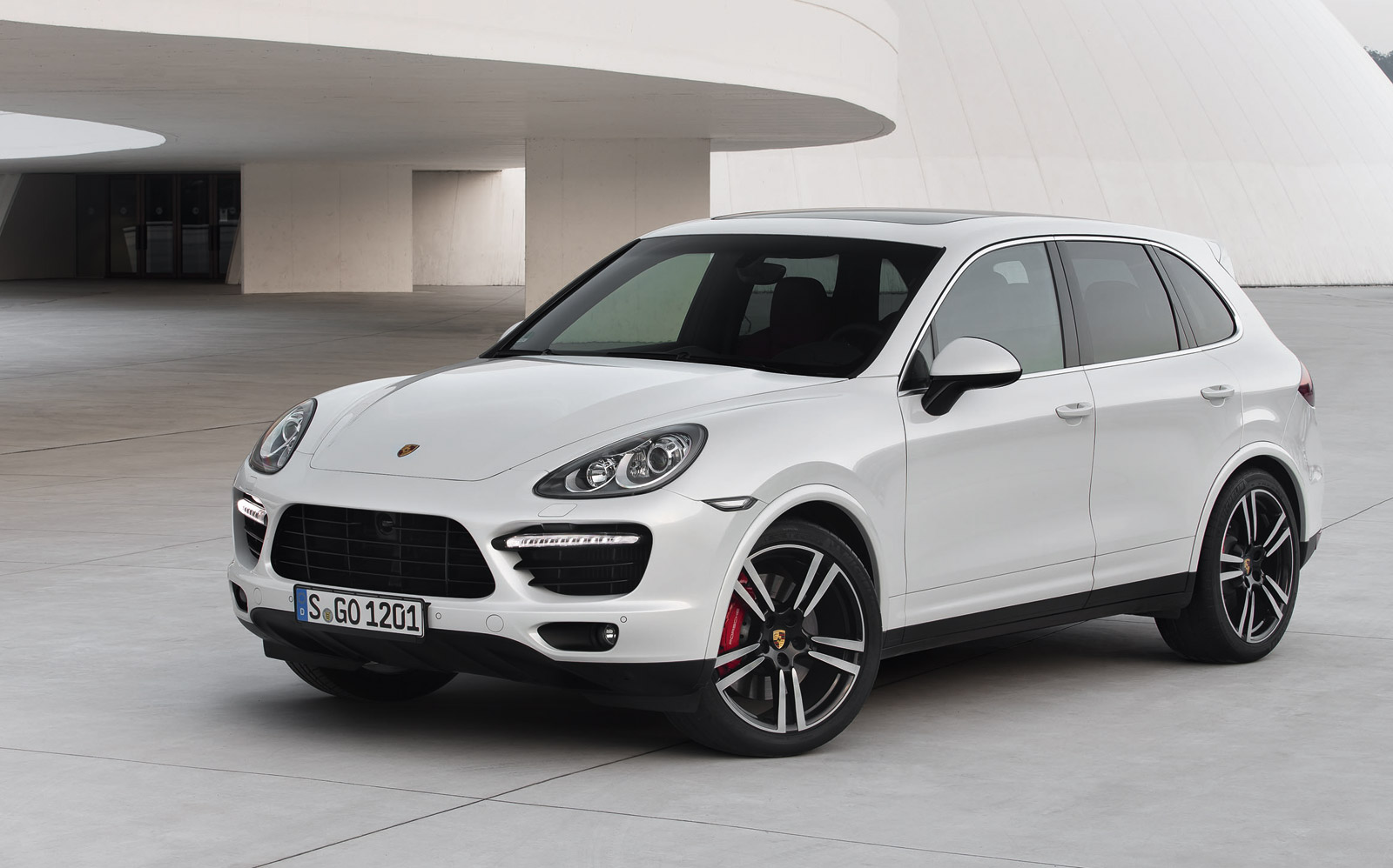 Handful Of Porsches Affected By Two Separate Recalls - Porsche cayenne turbo lease