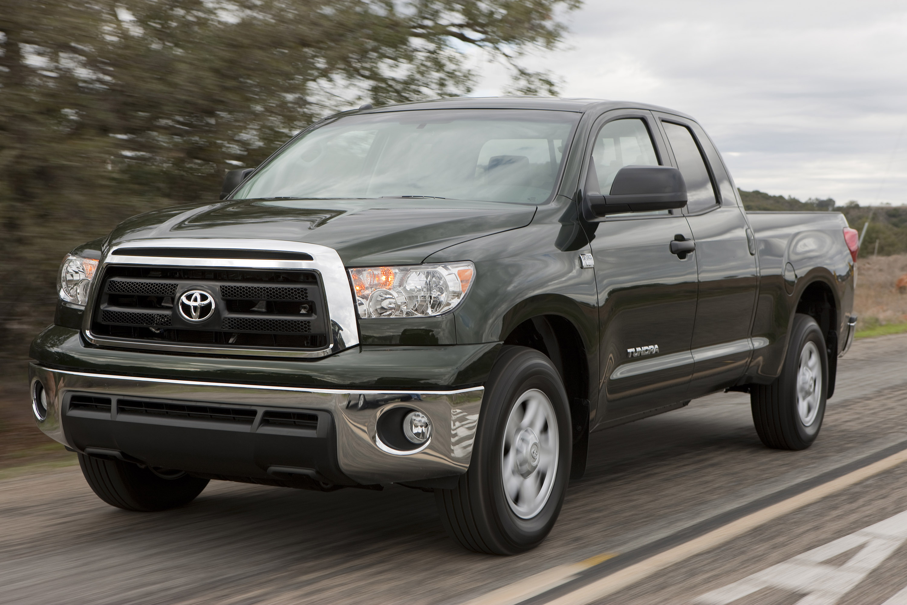 2013 toyota tundra review ratings specs prices and photos the car connection. Black Bedroom Furniture Sets. Home Design Ideas