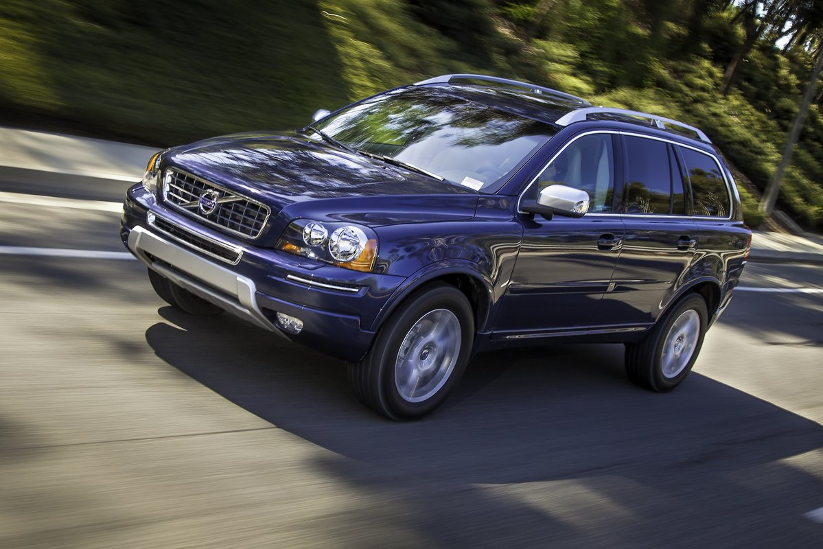 volvo reviews performance speed top carbuyer suv engines
