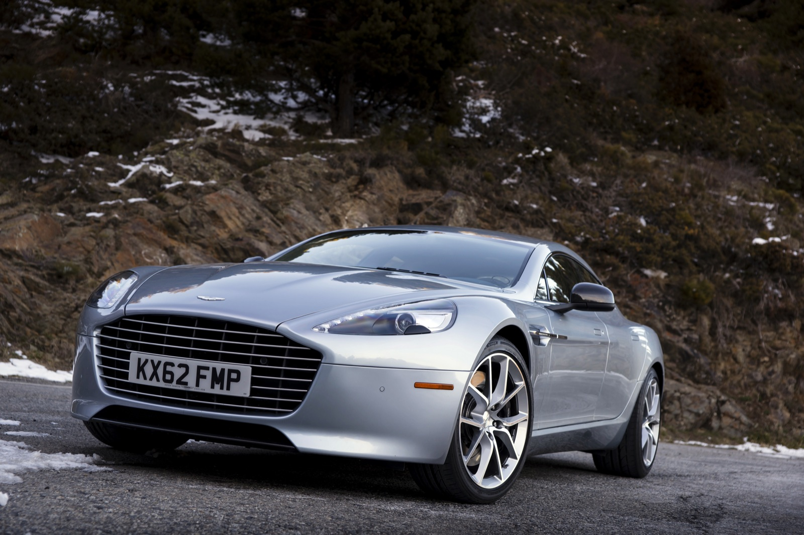 Aston Martin Rapide May Be Phased Out With Arrival Of New Platform - Aston martin 4 door